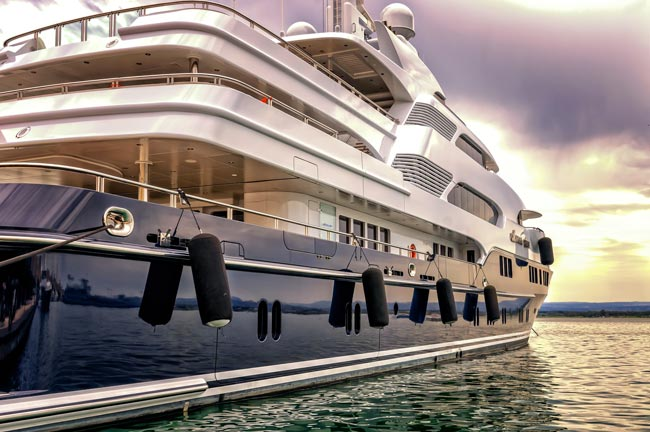 Yachting and Private Boat